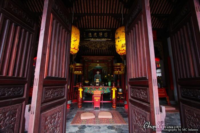 pagoda door vietnam hoi an