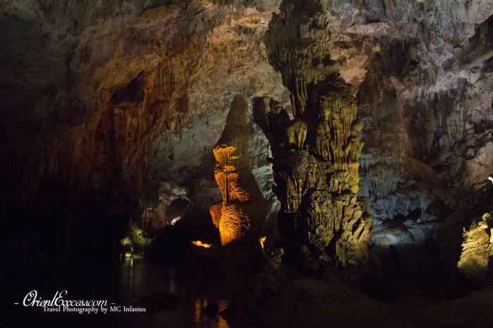 phong nha cave rock formation vietnam