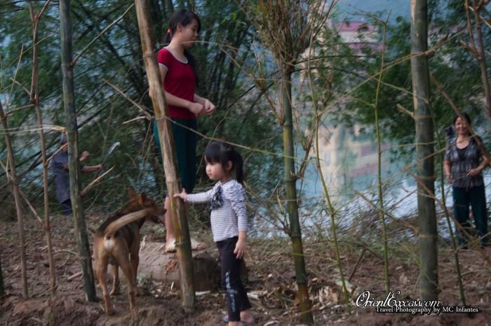 family in phong nha vietnam