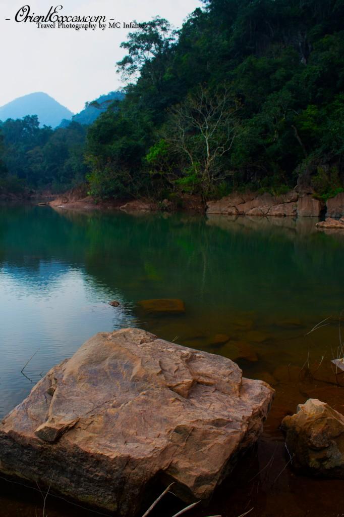 phong nha vietnam lake