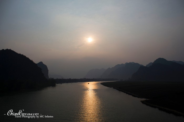 phong nha sunset vietnam