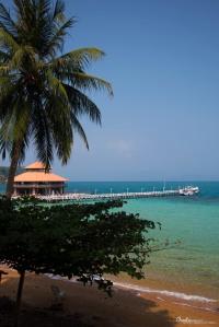 koh wai pier in thailand
